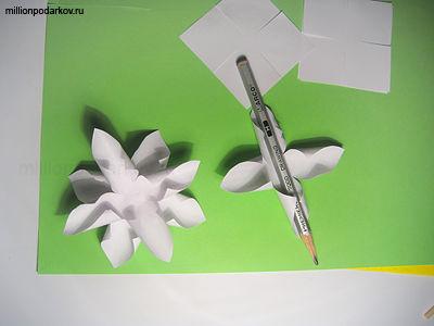 Нарциссы из бумаги поделки